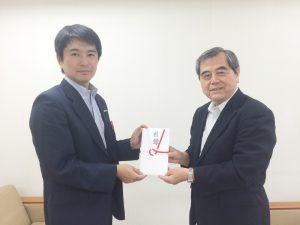 写真右:一般社団法人 九州地域づくり協会 佐野理事長
